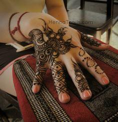 henna | by Henna Trails via Flickr - Photo Sharing!