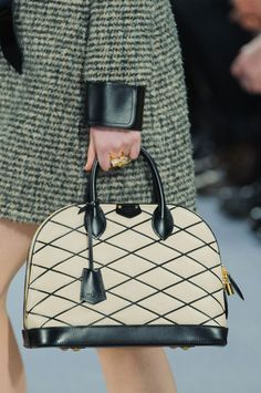 Louis Vuitton | Fall 2014Ready to Wear #ParisFall2014 #PFWfall2014 #LV