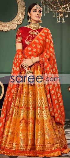 ORANGE BANARASI SILK LEHENGA CHOLI WITH WEAVING #LehengaCholi #BanarasiLehenga #IndianOutifit #IndianLehenga #WeddingLehengaCholi #ReceptionLehengaCholi