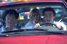 Frankie Muniz in Agent Cody Banks - Picture 7 of 25