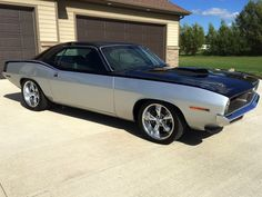 American Muscle Cars… Custom 1970 Plymouth Barracuda 535 V8,3-speed automatic with Gear Vendors overdrive.