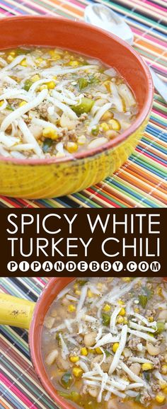 Spicy White Turkey Chili | A light and delicious version of chili. The perfect week night dinner! White Turkey Chili, Turkey Chilli, White Chili Ground Turkey Recipe, Crockpot Turkey Chili, Crockpot Ground Turkey, Ground Turkey Soup, Crockpot Meals, Chili Recipes, Turkey Recipes