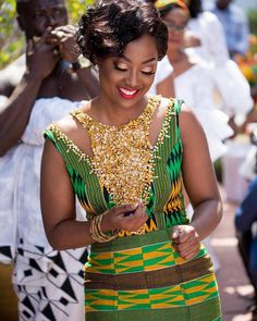 Kente Styles Mixed With Lace Attires For African. kente styles with lace fabrics have always created African Fashion Designers, African Print Fashion, African Fashion Dresses, African Attire, African Wear, African Women, African Dress, African Prints, African Outfits