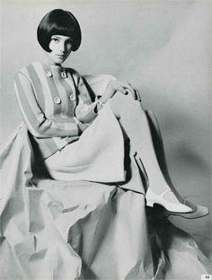 Photo by Ugo Mulas 1966  Vogue Italia, July/August 196 - Benedetta Barzini