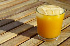 mango coconut fizz - only 3 ingredients mango juice, coconut rum and seltzer perhaps sub ginger ale?