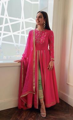 Best 12 Shop all new designer indian clothing such as lehengas, anarkalis, gowns. - Clothing Style of Culture - Mode Shadi Dresses, Indian Gowns Dresses, Party Wear Indian Dresses, Pakistani Dress Design, Pakistani Outfits, Indian Wedding Outfits, Indian Outfits, Stylish Dresses, Fashion Dresses
