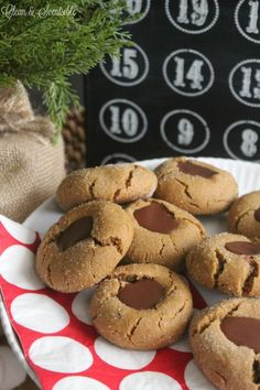 These gingerbread ch