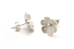 We started designing and manufacturing sterling silver jewellery in design ethos is that of simplicity and timelessness. Handmade Sterling Silver, Sterling Silver Earrings, Jewelry Box, Jewelry Making, Jewellery, Studs, Stud Earrings, Jewels, My Style