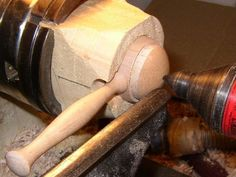 Woodturning Online :: Turning a coffee scoop