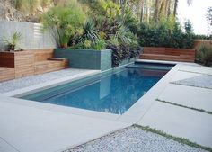 New Pool Construction/Formal & Traditional Pools