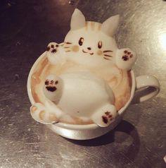 Cute cat latte art ~ – Lebkuchen – - New Sites Coffee Latte Art, Coffee Cafe, Dessert Kawaii, Comida Disney, Cafe Art, Cute Desserts, Cafe Food, Bubble Tea, Aesthetic Food