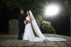 Andreia Costa  #vestidosdenoiva #casamento #wedding #bride #noiva #weddingdress #weddingdresses #bridal