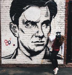 Меня Москва душила в объятьях кольцом своих бесконечных Садовых. ❤️ #moscow#msc#vsco#vscocam #gohomelatewithwine#маяковский#ожизни