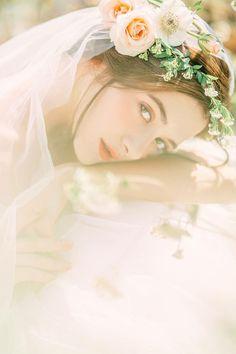 Pre Wedding Photoshoot, Wedding Pics, Uzzlang Girl, Beautiful Drawings, Wedding Photo Inspiration, Wedding Makeup, Lovely Dresses, Flower Girl Dresses, Girls Dresses