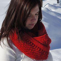 Textured Crochet Cowl Pattern - Knitting Patterns and Crochet Patterns from KnitPicks.com