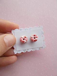 Valentines Day earrings created from polymer clay without using molds. A nice gift ideas for Valentines Day. A delicious pair donut stud earrings. Yummm! The lenght of each earring is 1.2 cm. ❀ Because i make everything by hand, the item you receive may differ slightly than shown on the