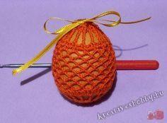 Easter Crochet Patterns, Crochet Earrings, Christmas Ornaments, Holiday Decor, Easter, Flower Crochet, Easter Bunny, Easter Activities, Christmas Jewelry