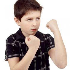 Hasta la persona más paciente, tranquila y calmada ha perdido en algún momento los nervios ante una mala conducta infantil y se ha descubierto gritando a sus hijos para reprenderles.
