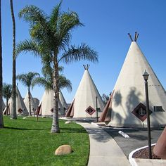 World's Quirkiest Hotels: Wigwam Motel; Wigwam Motel, Theme Hotel, Cape Canaveral, Big Sky Country, Architectural Photographers, Family Road Trips, Roadside Attractions, Travel And Leisure, Lake Michigan