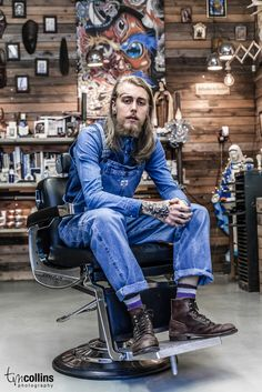 Tim Collins Photography - Pappas Barber Shop