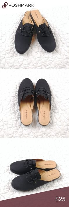 a3ebb1289 Shop Women s comfortview Black size 10 Shoes at a discounted price at  Poshmark.