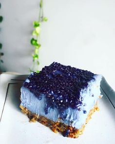Vanilla mulberry and #Bluechai butterfly pea flower cake. I'm so into butterfly pea tea. How pretty is the colour? I even made a cake with the tea  #Repost @shokuiku