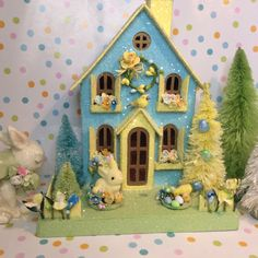 Easter House Putz Cottage(Large) Aqua and Yellow with Bunny and Chicks Little Yellow Bird, Yellow Tree, Putz Houses, Mini Houses, Miniature Houses, Village Houses, Box Houses, Gingerbread Houses, Biscuit