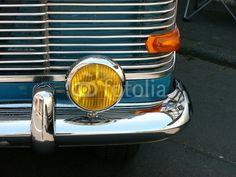 Gelber Zusatzscheinwerfer eines Opel Rekord der Siebzigerjahre bei den Golden Oldies in Wettenberg Krofdorf-Gleiberg bei Gießen