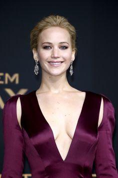 Jennifer Lawrence Fansite: HQ PHOTOS: Jennifer Lawrence attends Mockingjay Berlin Premiere
