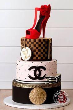 Bestes Bild der Geburtstagstorte Mode – Kuchen – Best Picture of Birthday Cake Fashion – Cake – the cake Bolo Gucci, Bolo Chanel, Chanel Cake, Gucci Cake, Make Birthday Cake, Birthday Cake Decorating, Chanel Birthday Cake, 50th Birthday Cake Designs, 50th Birthday Cakes