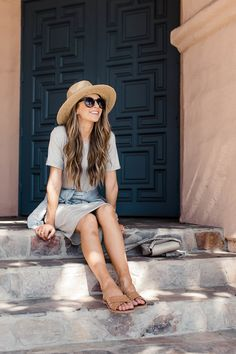 I've been stocking up on cool summer dresses because they're the best during the warm summer months. An easy tee dress is one of my favorite simple dresses, and with a few accessories it makes the perfect casual outfit for traveling, running errands, or momming