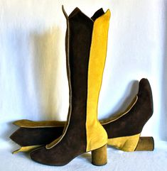 Your place to buy and sell all things handmade Seventies Fashion, 60s And 70s Fashion, Retro Fashion, Vintage Boots, Vintage Outfits, Vintage Clothing, Rain Boots, Shoe Boots, Shoe Shoe