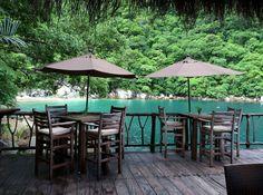 EstiloDF » El restaurante en medio de la playa de Puerto Vallarta