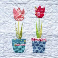 Tulpis #1 - Paper piecing pattern - Flower pattern