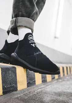 adidas Suberou Slip-on Adidas Y3 Yohji Yamamoto, Yohji Yamamoto Shoes, Japanese Fashion Designers, Sports Brands, Custom Sneakers, Jordan Shoes, All Black Sneakers, Mens Fashion, Street Fashion