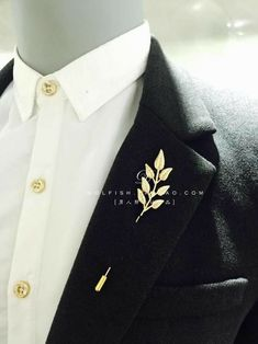 Trend Fashion, Suit Fashion, Fashion Outfits, Brooch Men, Collar Clips, Drawing Clothes, Ideias Fashion, Cool Outfits, Glamour