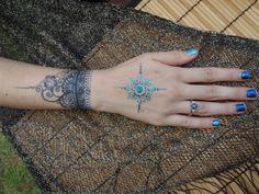Jagua and glitter body art by Catana  #Henna #Kauai