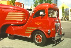 Taken at Expo86 in Vancouver. This is one of the vintage White trucks belonging to Labatts Breweries.