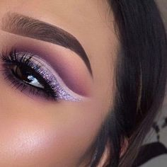 #cutcrease #makeup #booktoday #prices #mua #beauty #browsonfleek #purple #nyx #glitter #hudabeauty #pallete #kyliejenner #highlight #brushes #occasions #fullglam #concealer #lashes ❤️