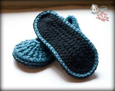 How to: Non-Slip Crochet Slipper Bottoms ✿╮Teresa Restegui http://www.pinterest.com/teretegui/✿╮