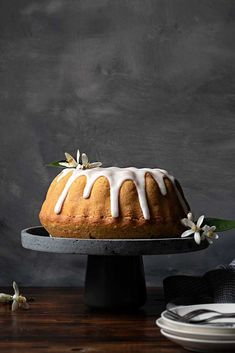 Foolproof recipe for fluffy, moist lemon cake with easy lemon glaze. A truly delicious cake made from scratch that can be baked in a bundt pan or a regular round pan. #lemon #cake #fluffy #moist #dessert #citrus #easy #glaze #bundt #recipe Round Cake Pans, Round Cakes, Milk Cake, Cake Batter, What To Cook, Food Design, I Love Food, Yummy Cakes, Cupcake Cakes