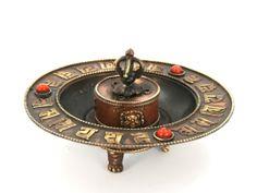 """Plate"" censer  http://www.etnobazar.pl/search/ca:zapach-aromat-i-klimat?limit=128"