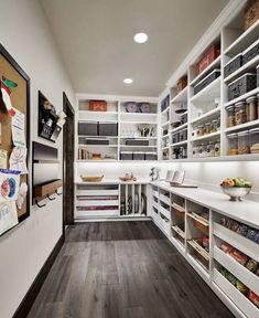 Cuisines Diy, Cuisines Design, Kitchen Pantry Design, Diy Kitchen, Kitchen Pantries, Kitchen Ideas, Awesome Kitchen, Kitchen Cabinets, Space Kitchen