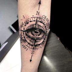 Tattoo rosa dei venti occhio by Watercolor Compass Tattoo, Compass Rose Tattoo, Compass Tattoo Design, Clock Tattoo Sleeve, Tattoo Sleeve Designs, Sleeve Tattoos, Elbow Tattoos, Forearm Tattoos, Finger Tattoos