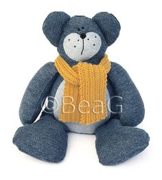 * Bear made out of recycled pair of jeans Jean Crafts, Denim Crafts, Sewing Crafts, Sewing Projects, Sewing Ideas, Denim Ideas, Recycle Jeans, Recycled Denim, Stuffed Animal Patterns