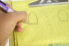 How to Sew Puff Sleeves. Puff sleeves are shirt sleeves that are created by adding gathering to the sleeve pattern along the shoulder seam (cap) and/or the band (hem) in order to create volume and fullness, or a puffy sleeve effect. Sewing Basics, Sewing Hacks, Sewing Tips, Red Queen Costume, Different Stitches, Fabric Markers, Couture, Learn To Sew, Sleeve Designs