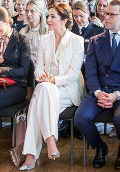 Denmark Fashion, Crown Princess Mary, Riveting, Bridesmaid Dresses, Wedding Dresses, Royal Fashion, Etiquette, Work Outfits, Royals