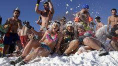 #CFG | @CarnavalQc | @TourismQuebec | @TourismeQuebec | @quebecregion | 61st Québec Winter Carnival – Jan 30 – Feb 15, 2015 (Enjoying Winter in Québec)