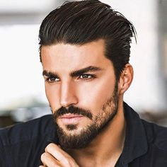 Triangle Face Shape Hairstyles Men Short Sides with Classic Tapered Haircut and Long Slick Back on Top Short Full Beard The post Triangle Face Shape Hairstyles Men Short Sides with Classic Tapered Haircut an appeared first on frisuren. Face Shape Hairstyles Men, Cool Mens Haircuts, Popular Haircuts, Triangle Face Hairstyles, Long Face Hairstyles, Hairstyle Men, Classy Hairstyles, Hairstyles Haircuts, Classic Mens Hairstyles