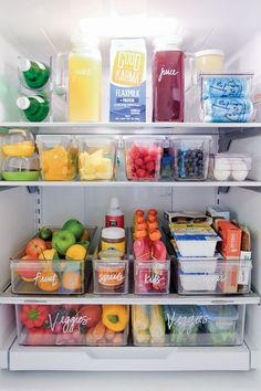 home organisation Fridge organization from The Home Edit Refrigerator Organization, Kitchen Organization Pantry, Small Space Organization, Home Organisation, Kitchen Pantry, Diy Organization, Organized Fridge, Organization Ideas For The Home, How To Organize Fridge